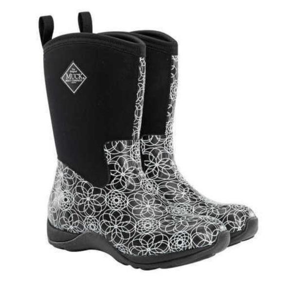 95a55beece2 Muck Boot Women's Arctic Weekend Mid Snow Boutique